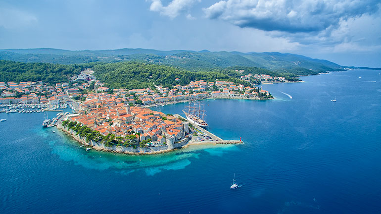 Spend your summer holidays on board a gulet at the Adriatic